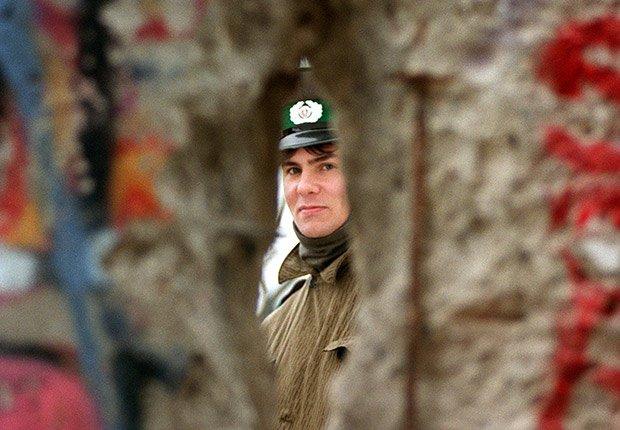 Noviembre 21, 1989. 25 años de aniversario de la caída del muro de Berlín