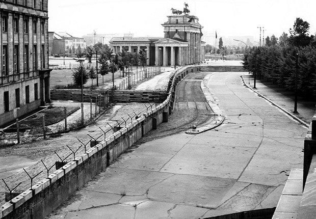 historia del muro de berlin pdf
