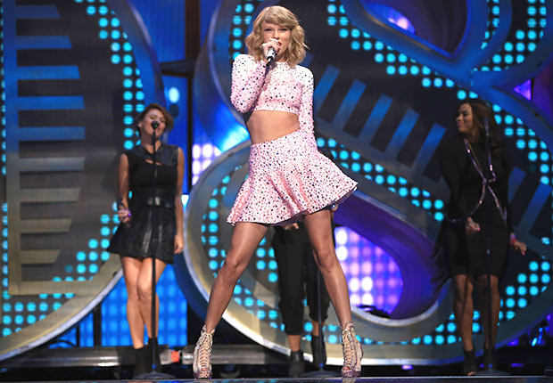 Taylor Swift performs onstage during the 2014 iHeartRadio Music Festival at the MGM Grand Garden Arena on September 19, 2014 in Las Vegas, Nevada.