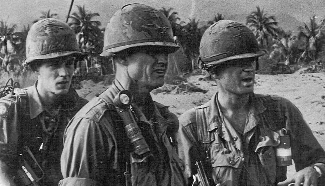 an account about the battles of vietnam The vietnam war was a period of american involvement in southeast asia from 1961-1975 in which us troops fought to try to stop communist north vietnam and their allies from overtaking south vietnam.