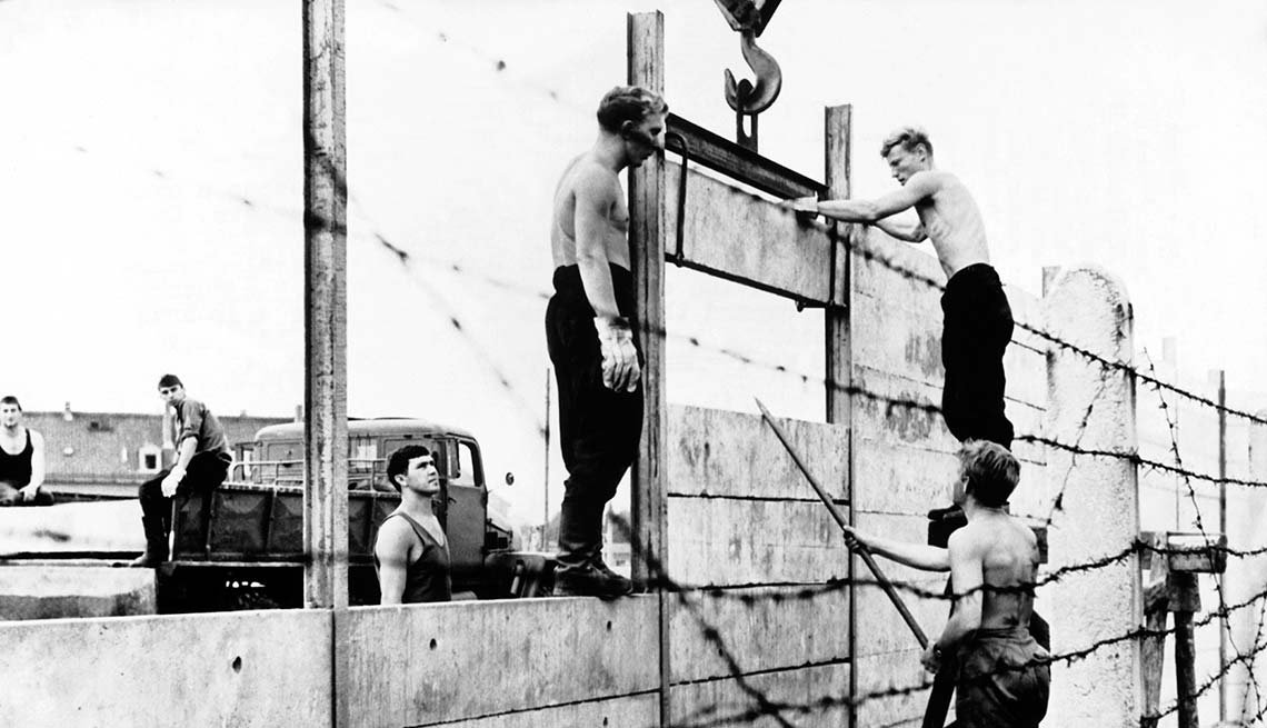 Berlin Wall, Construction begins, Aug. 13, 1961, 25th anniversary, Fall of the Berlin Wall