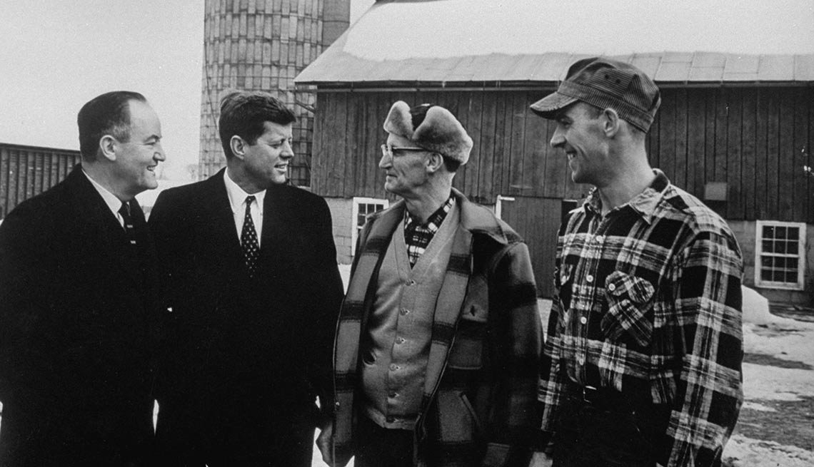 Minnesota senator Hubert H. Humphrey (far left) and John F. Kennedy competed against one another during the Democratic primaries.