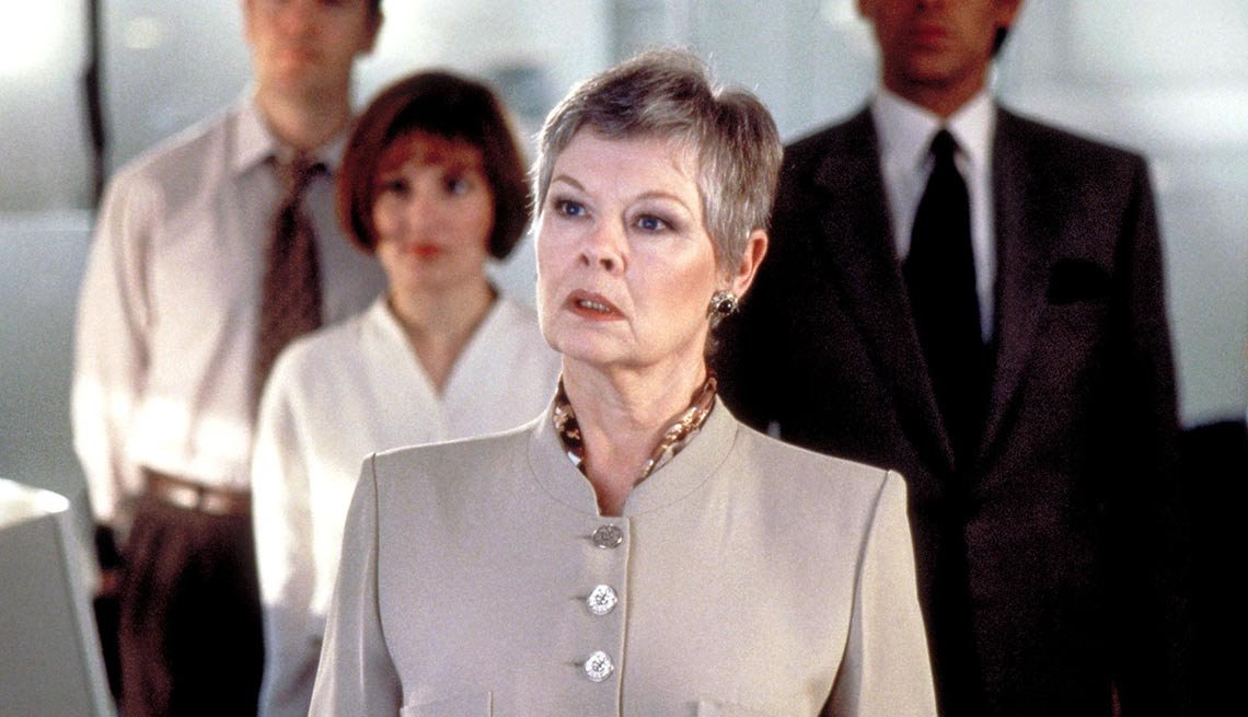 8 Celebrities Who Became Fabulously Famous - Judi Dench