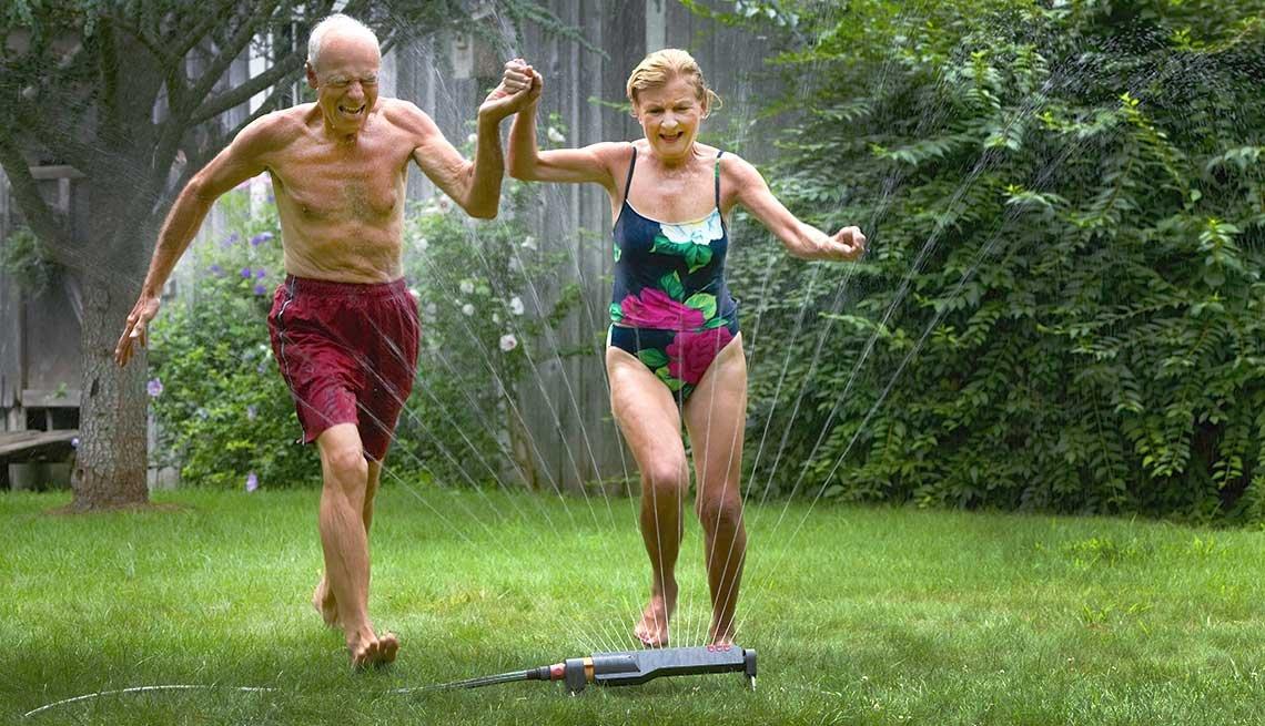 10 Throwback Ways to Enjoy Summer Fun -  lawn sprinkler