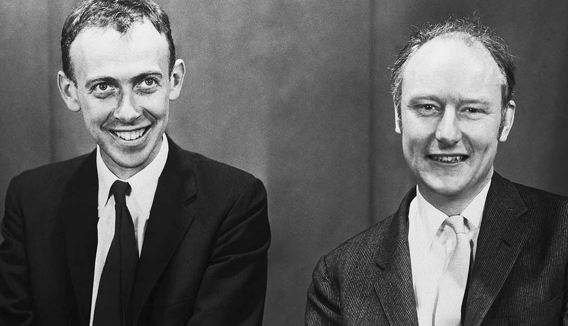 James Watson y el británico Francis Crick descubren la estructura del ADN
