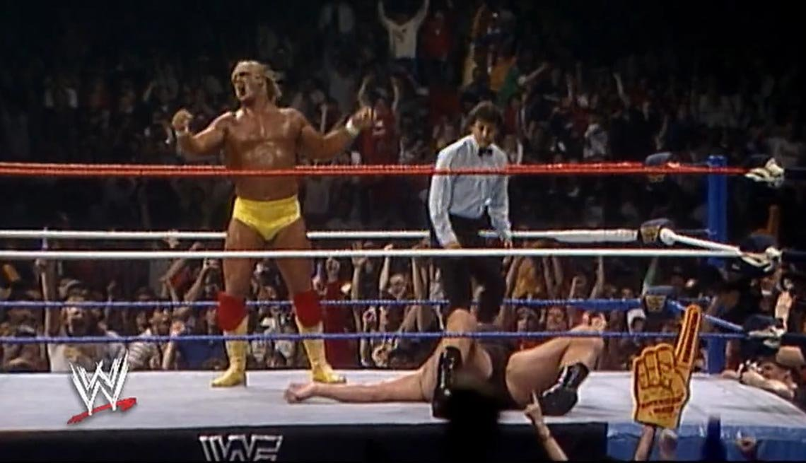 Hulk Hogan body slams Andre the Giant