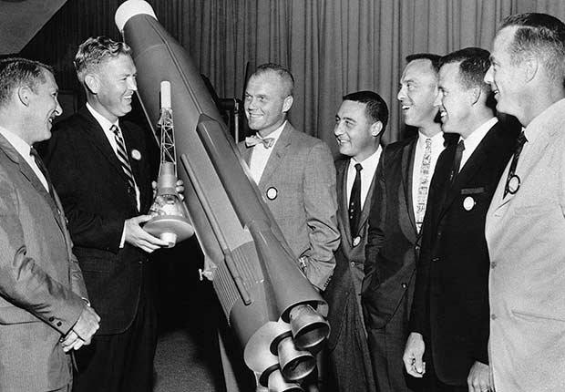 La creación de la NASA y la carrera espacial