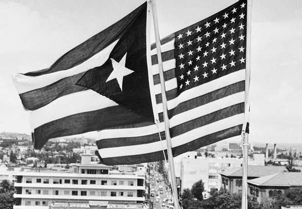 Puerto Rico elige ser Estado Libre Asociado