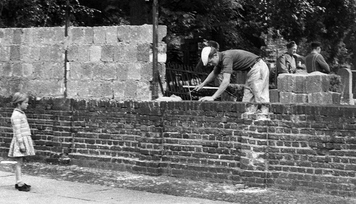 La construcción del muro de Berlin