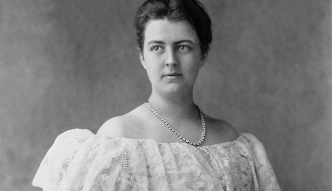 item 7 of Gallery image - Fun Facts About First Ladies Through History - Frances Folsom Cleveland