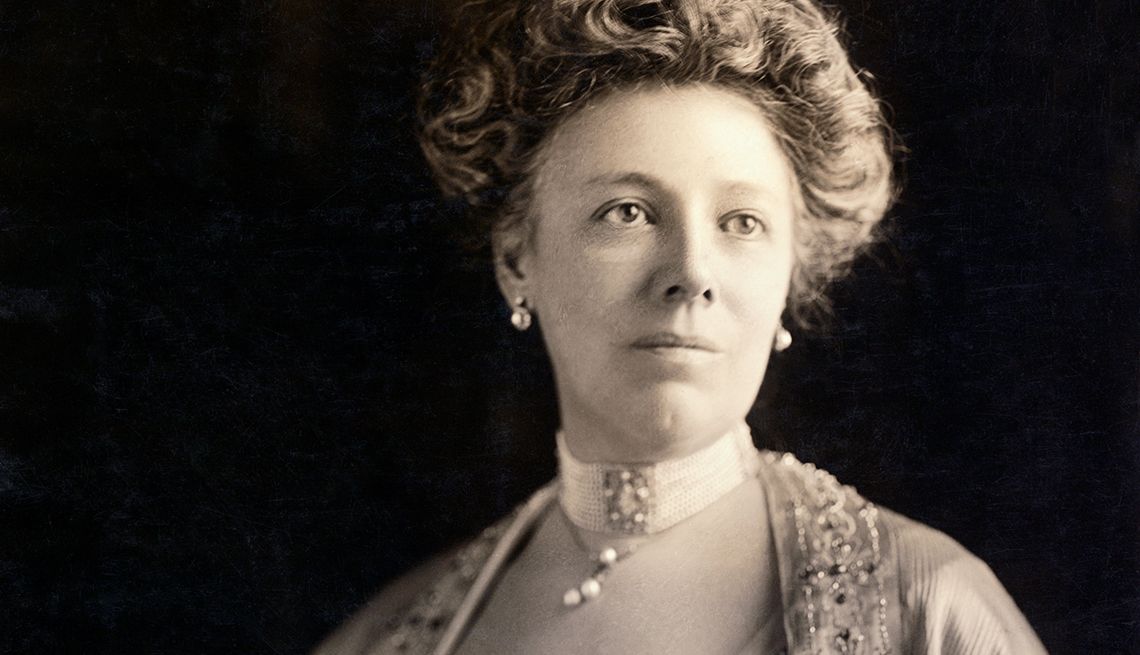 item 11 of Gallery image - Fun Facts About First Ladies Through History - Helen (Nellie) Herron Taft