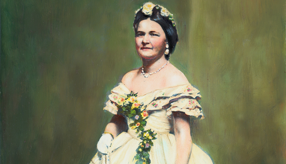 item 6 of Gallery image - Fun Facts About First Ladies Through History - Mary Todd Lincoln