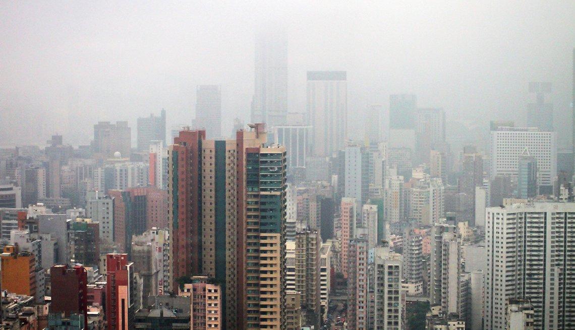 Ciudad con contaminación ambiental