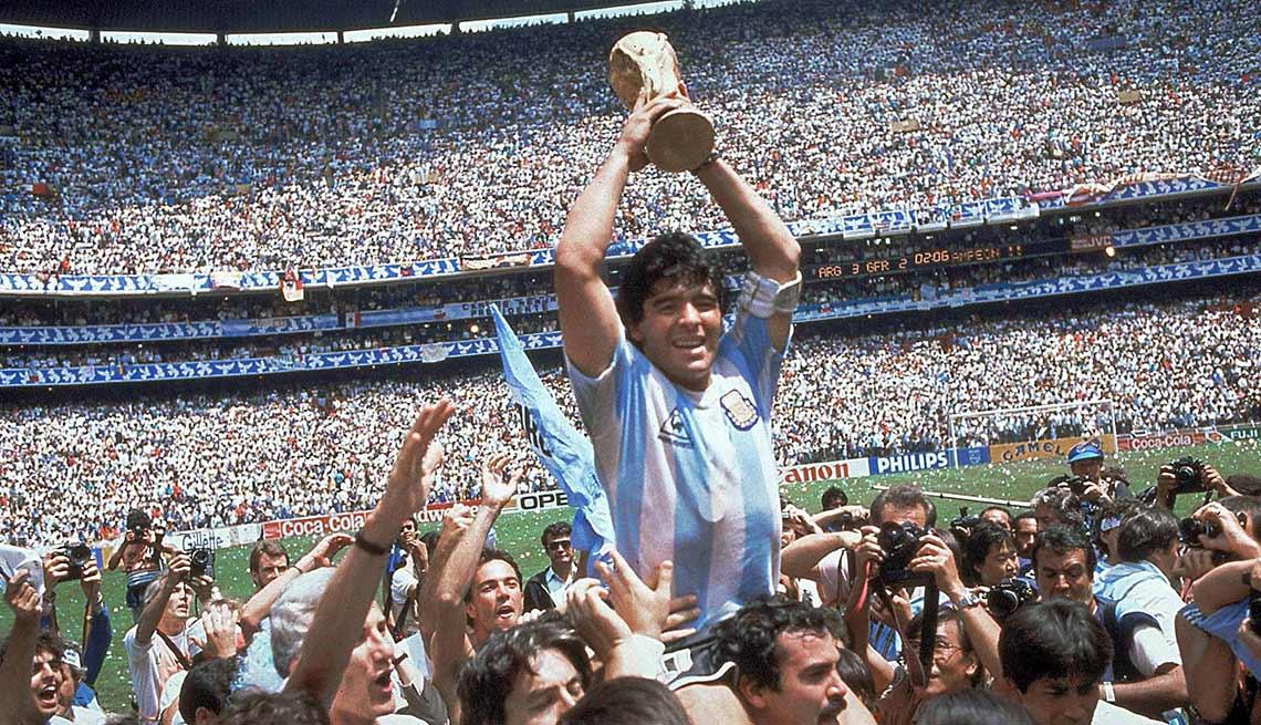 item 2 of Gallery image - Argentina, con Diego Maradona, ganan la Copa Mundial en 1986