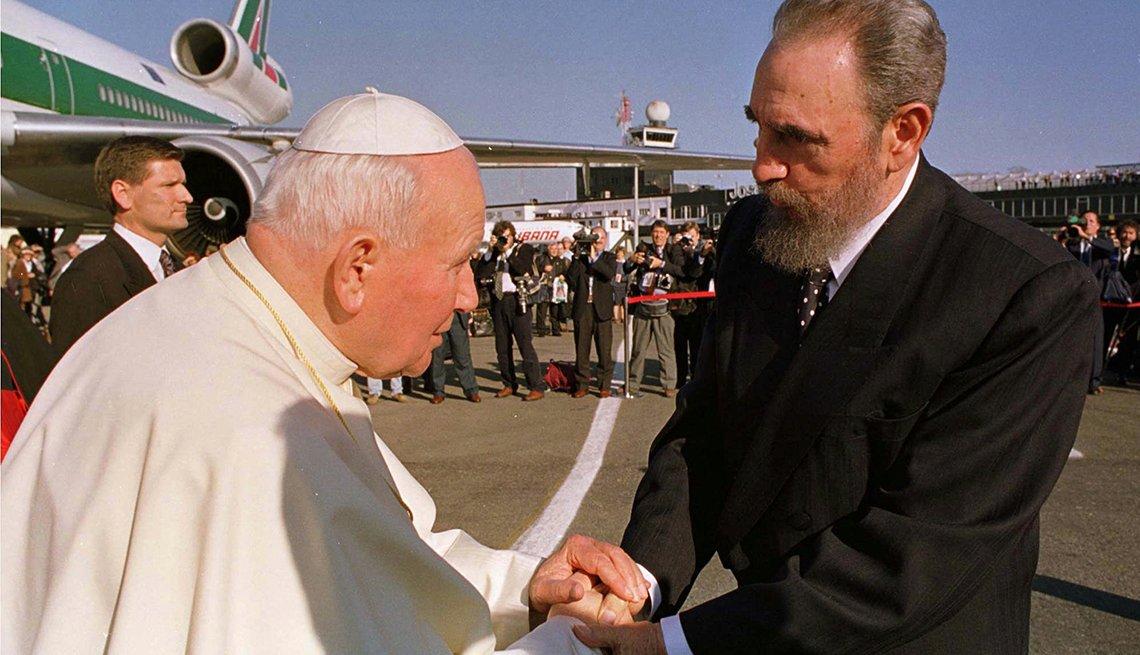 Fidel Castro junto al papa Juan Pablo II