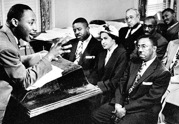 Rosa Parks, el reverendo Martin Luther King, Jr. y el reverendo Ralph Abernathy