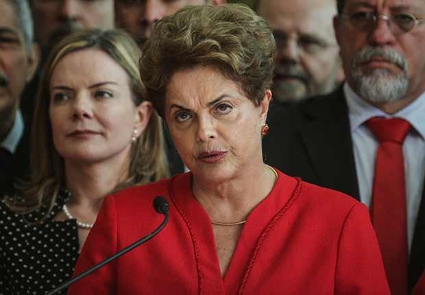 Destituyen a Dilma Rousseff