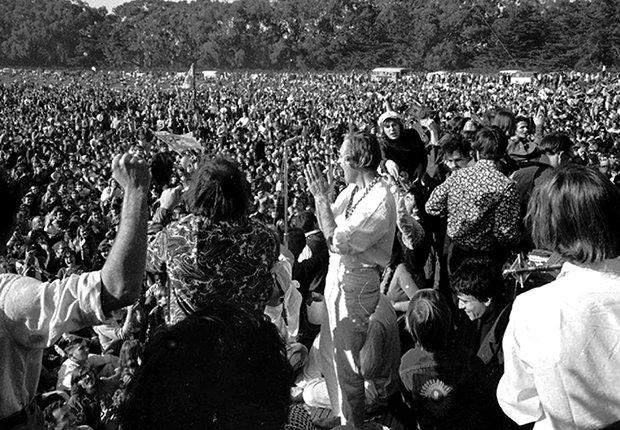 Activistas de la contracultura se reunieron en el Golden Gate Park en San Francisco en 1967
