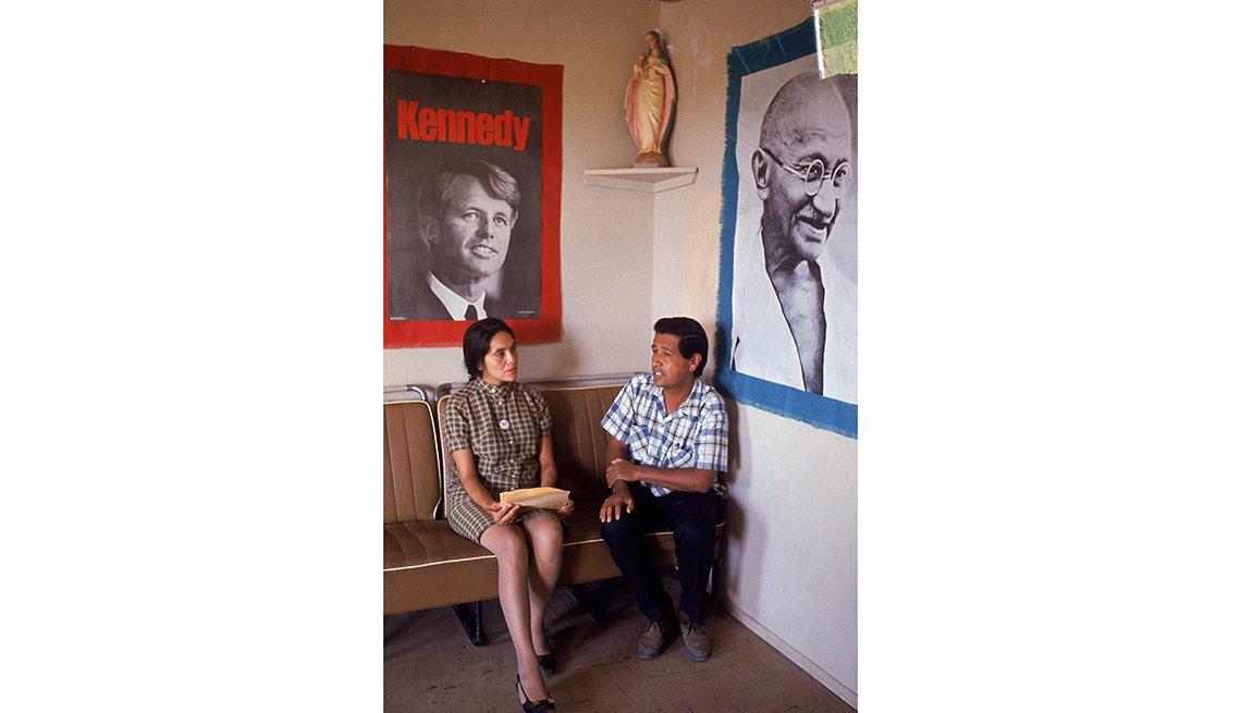 César Chávez junto a la activista Dolores Huerta