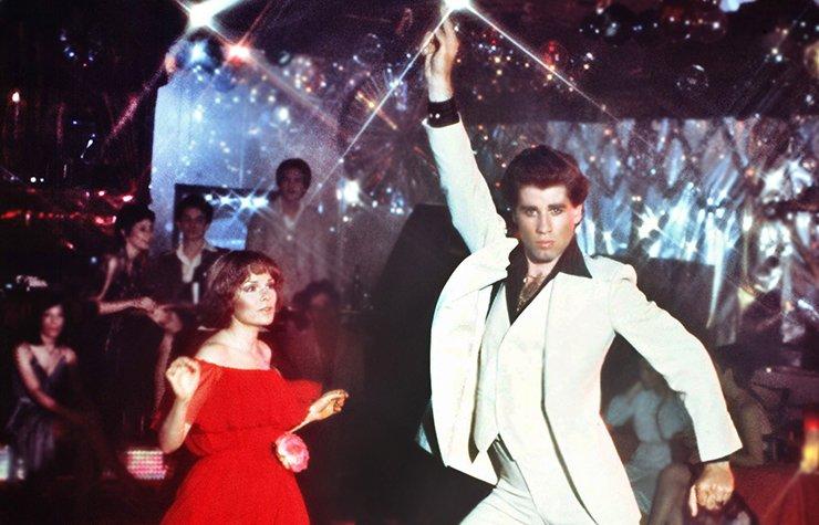 Iconos de la música disco, una escena de la película Saturday Night Fever