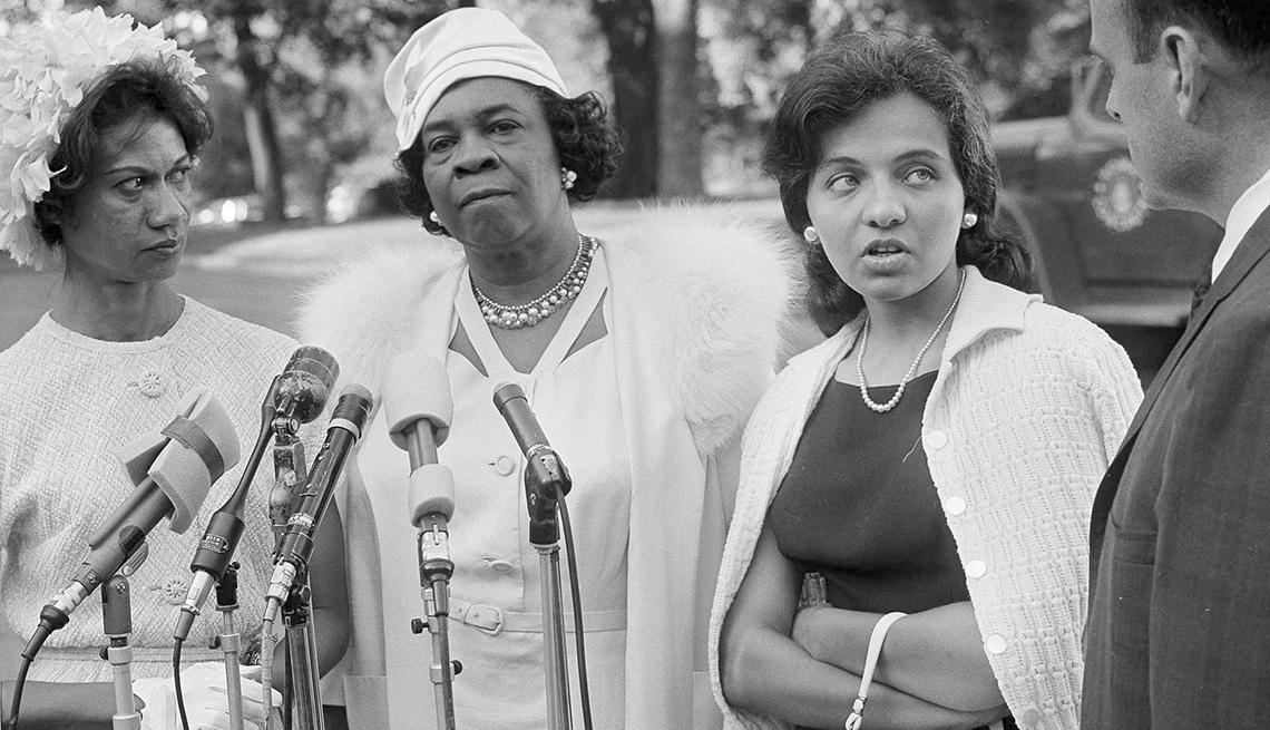 Gloria Richardson, Dr. Rosa L. Gragg y Mrs. Diane Nash Bevel