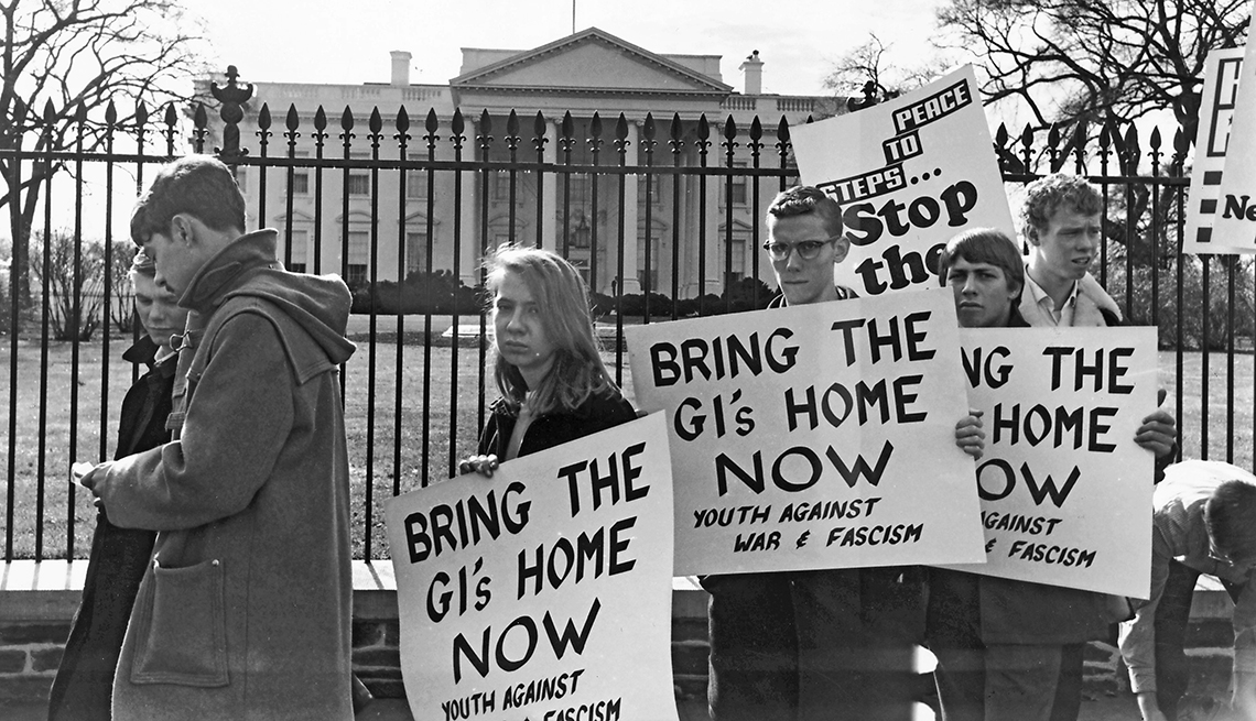 Protesta anti Guerra de Vietnam frente a la Casa Blanca