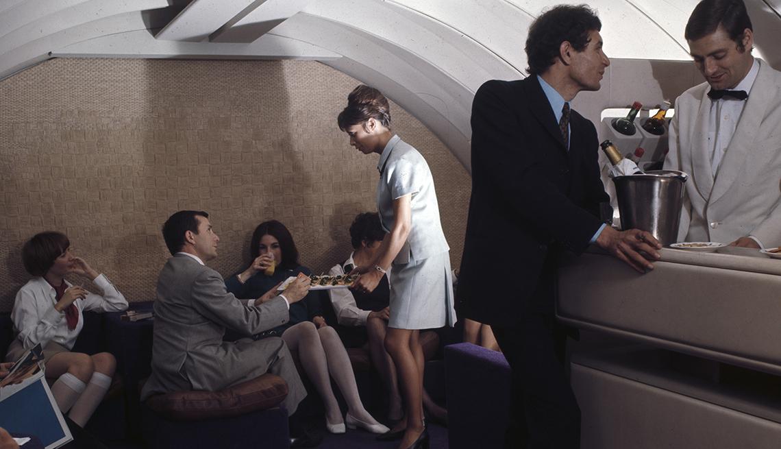 Lounge Inside 747 Plane in 1969, Boeing 747 Last Flight
