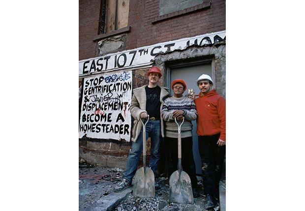 Activistas por vivienda asequible,1987