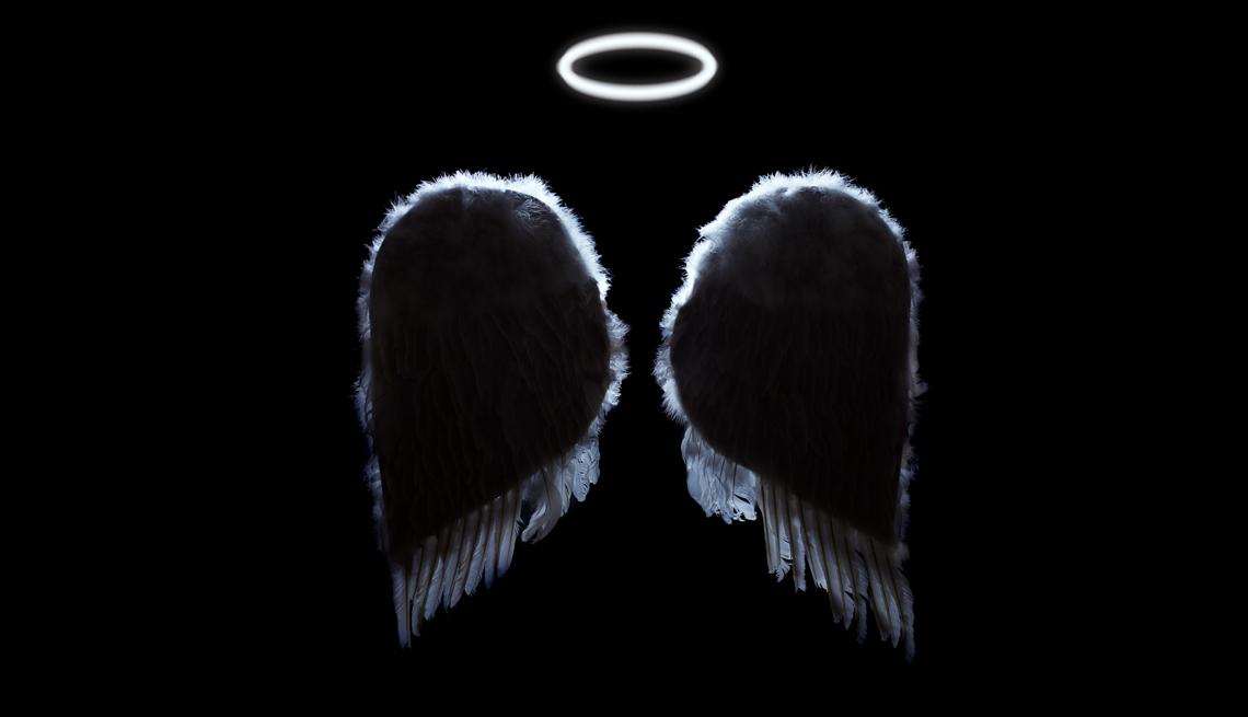 Alas de ángel y aureola