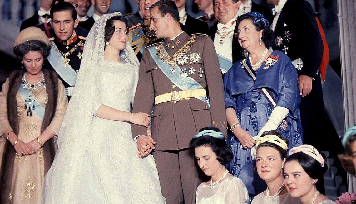 Foto de la boda de Juan Carlos de Borbón y Sofía de Grecia y Dinamarca con su familia