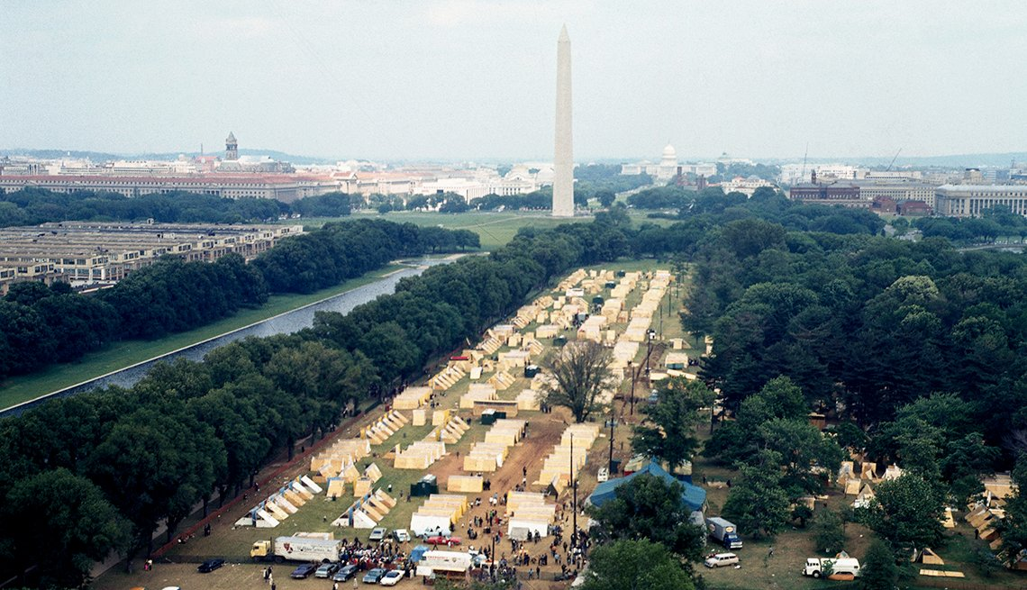 aerial view of encampment with view of the washington monument