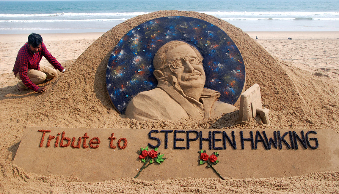 Tribute to Stephen Hawking as a sand sculpture