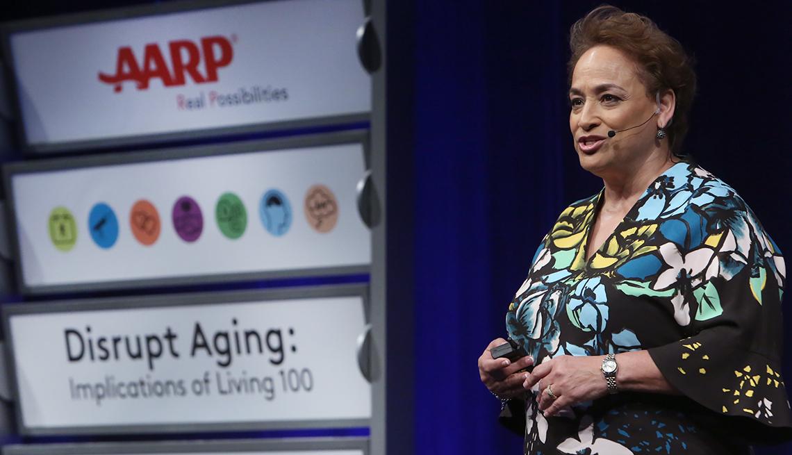 Jo Ann Jenkins, directora ejecutiva de AARP