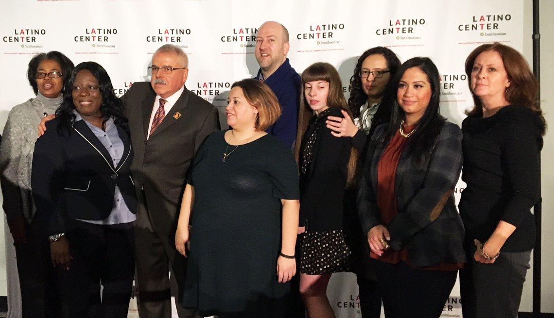 Grupo de trabajadores del Smithsonian Latino Center.