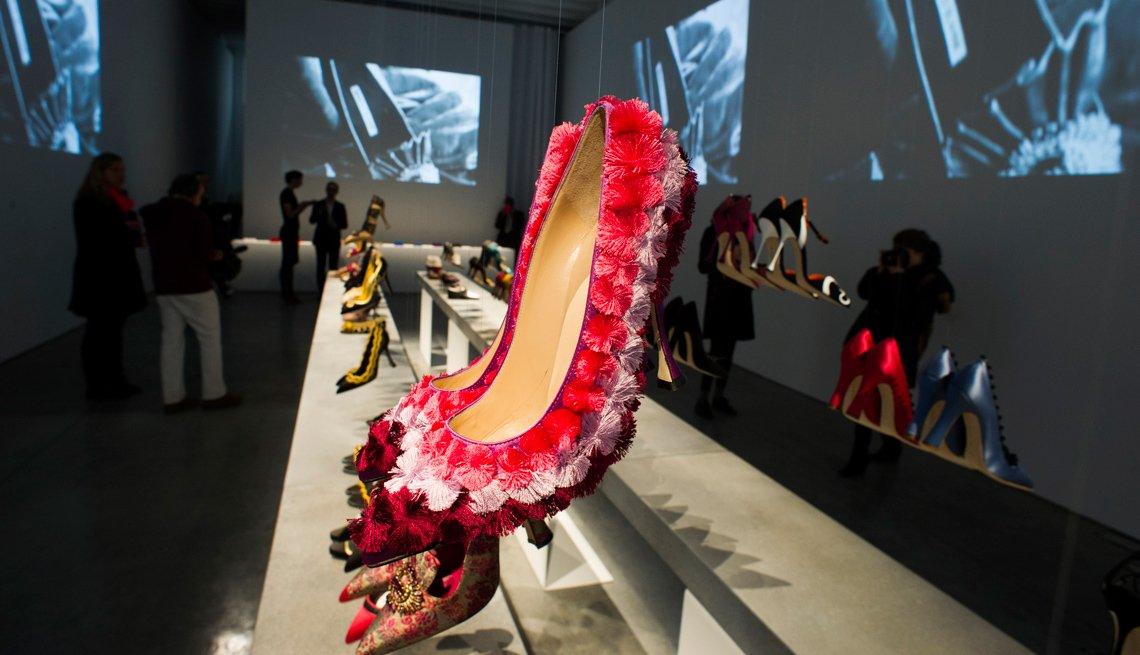 Zapatos de mujer de color rojo