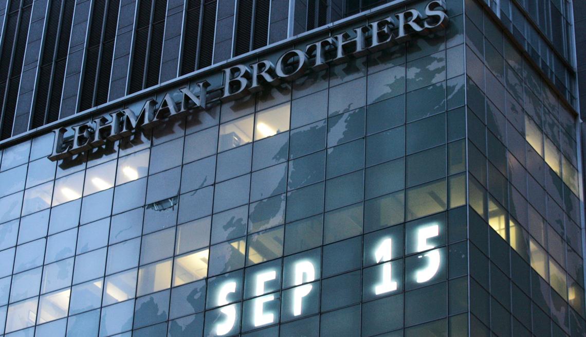 item 26 of Gallery image - Mercados financieros Lehman Chronicle