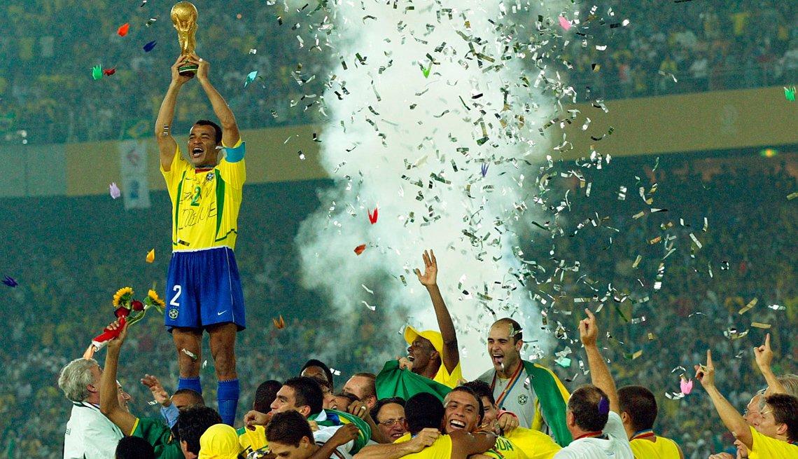 Equipo de fútbol de Brasil celebra el título mundial