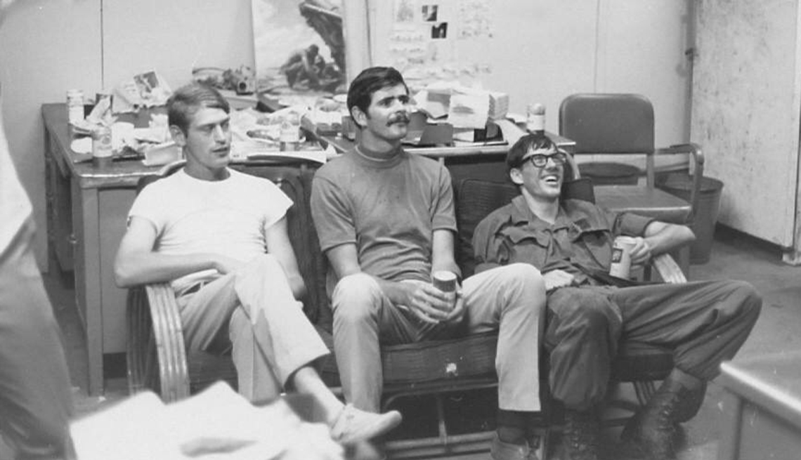 Mike Tharp (middle) at the 16th Public Information Detachment