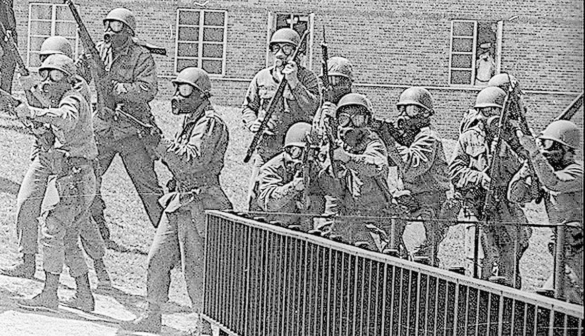 National guard begins firing at protestors at Kent State University
