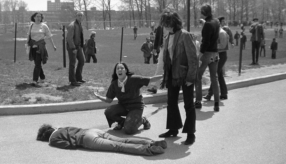A woman screams next to a body at the Kent State University shooting
