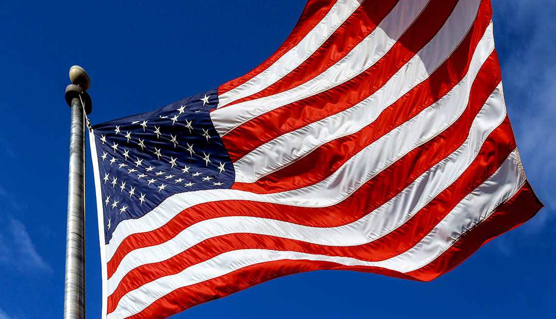 10 Myths And Facts About The American Flag