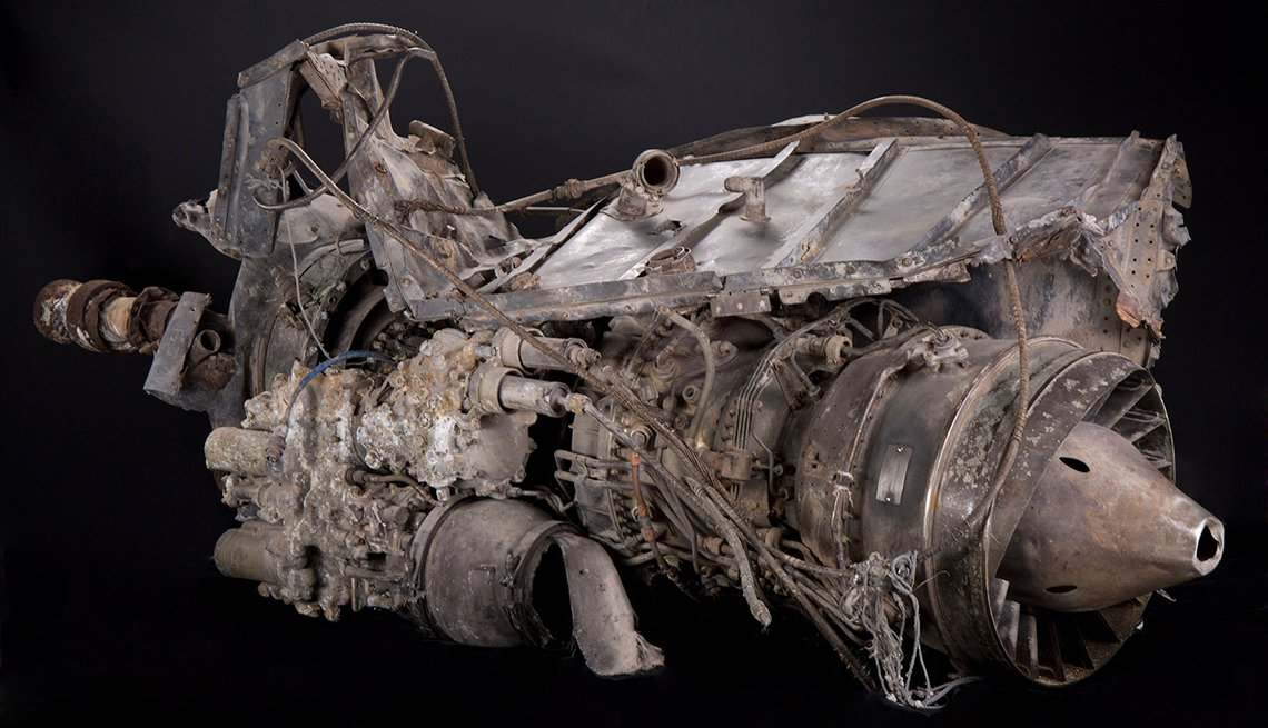item 7 of Gallery image - super sixty one engine from a black hawk helicopter on view at the national museum of the united states army
