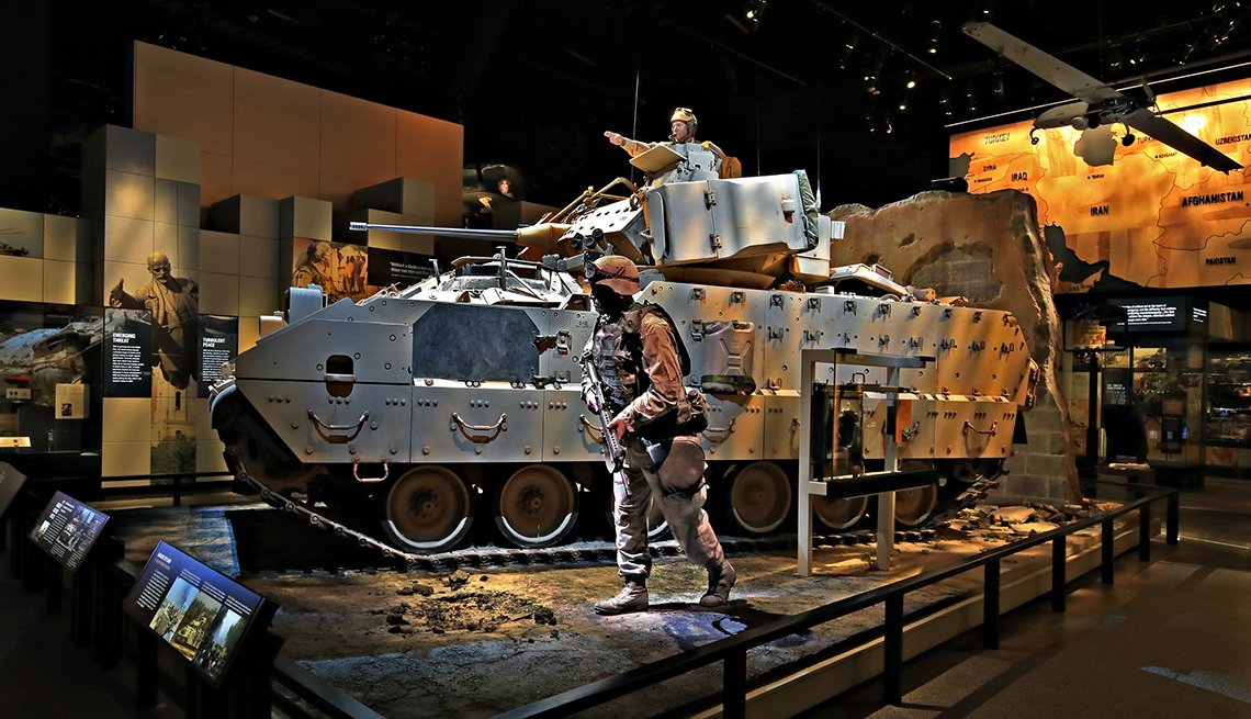 item 10 of Gallery image - an em three a two bradley fighting vehicle at the national museum of the united states army