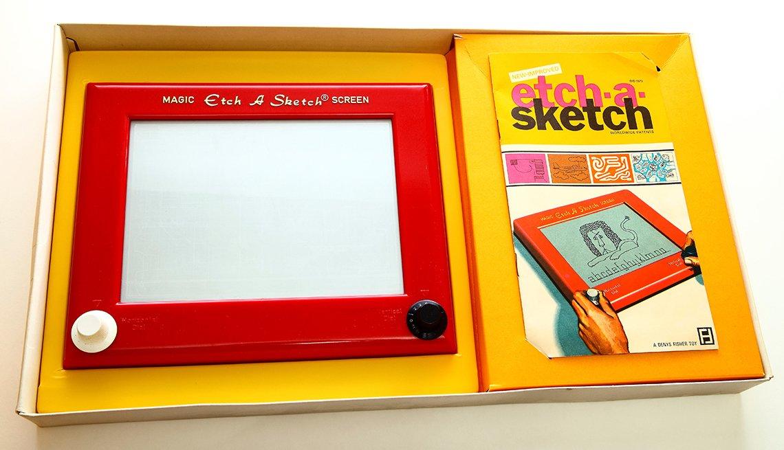 item 4 of Gallery image - vintage etch a sketch toy in original packaging