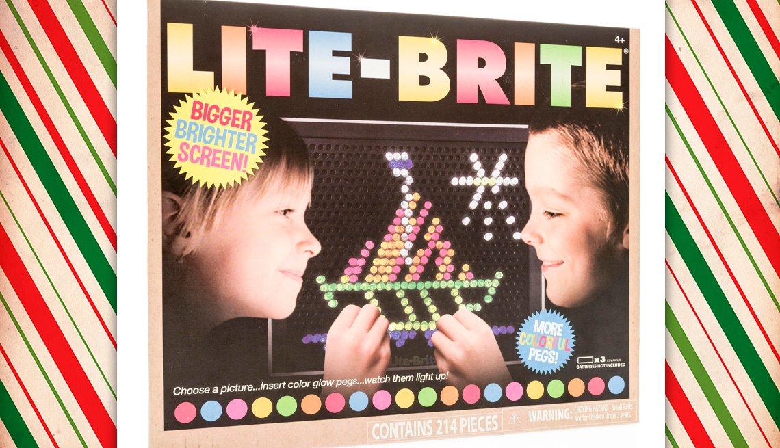 item 2 of Gallery image - vintage lite brite toy package