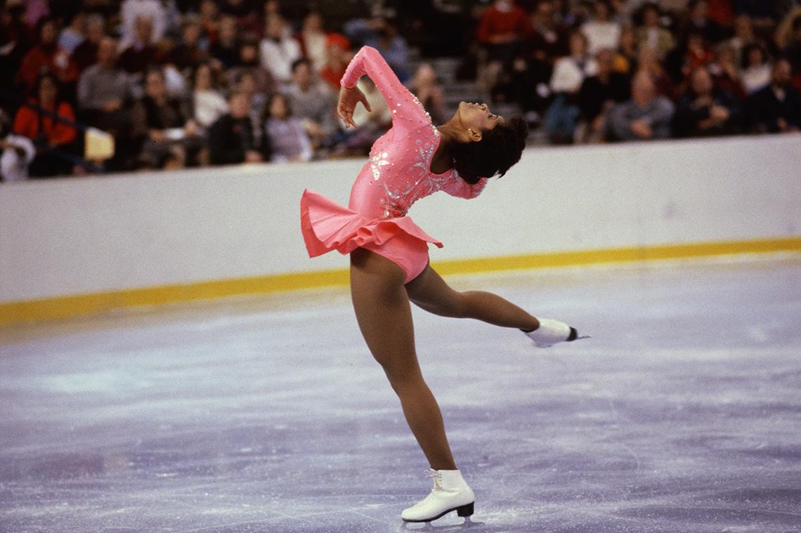 Debi Phomas, patinadora en hielo