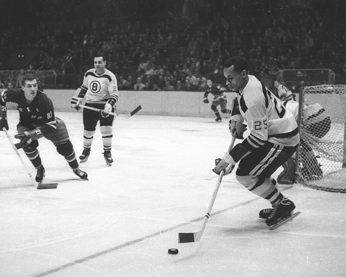 a photo of hockey player willie o ree