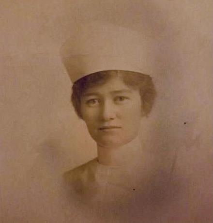 a photo of w w one nurse clara elizabeth callahan