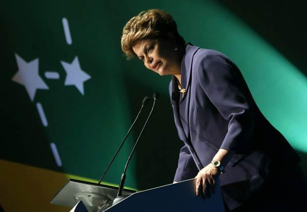 Presidente de Brasil Dilma Rousseff - Políticos famosos frente a enfermedades durante su servicio