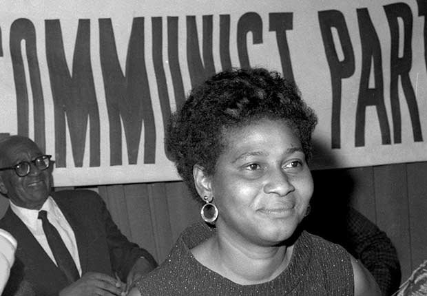 Charlene Mitchell - Mujeres que han aspirado a la presidencia